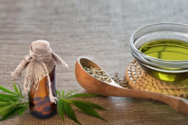 11 Benefits of CBD Oil